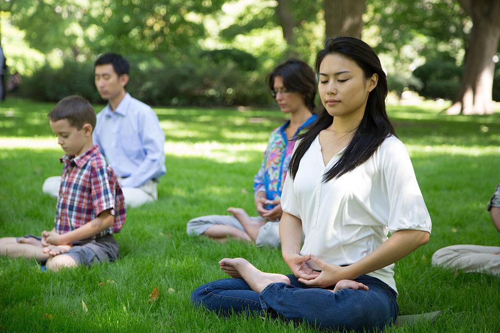 Toronto_Falun_Gong_Exercises_12